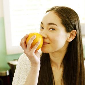 smelling-fruit
